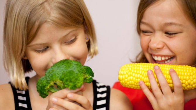 Kids Eating Vegetables