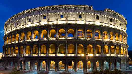Colosseum - Holiday in Italy