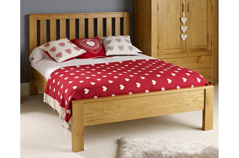 Should You Buy a Double or Single Bed for Your Child?