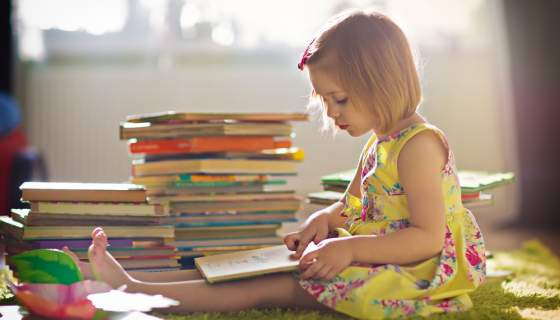 10 Simple Ways to Encourage Your Children to Read
