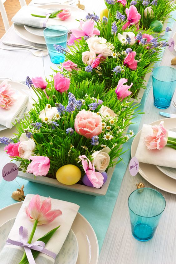 Table decorated with Easter decorations