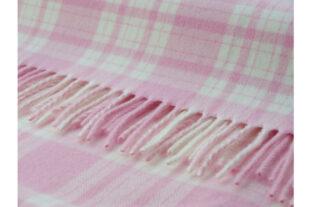 Pink & White Menzies Baby Throw