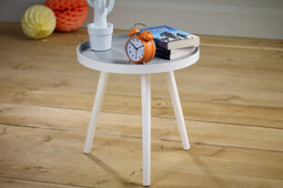 Dinky Table