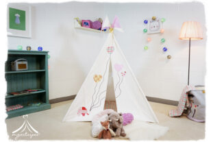 Ellie & The Balloons Teepee, Play mat and Bunting Set