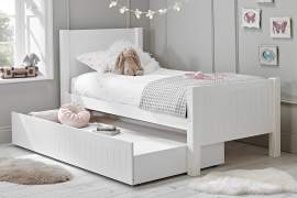 Ollie & Leila Classic Wooden Single Bed