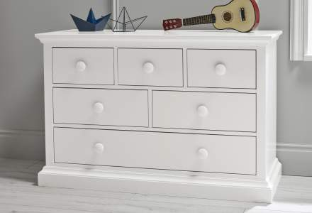 Ollie & Leila Classic 6 Drawer Chest