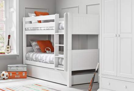 Ollie & Leila Classic Bunk Bed