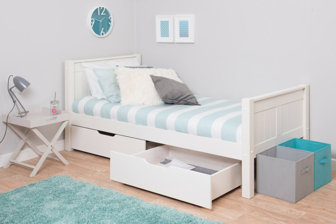 CK single bed with drawers