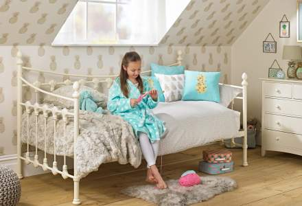 Girls' Day Beds