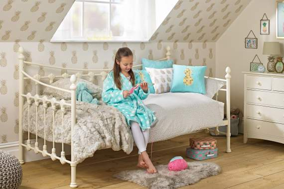 Teenage Beds Stylish Beds For Teens Teenagers Room To Grow