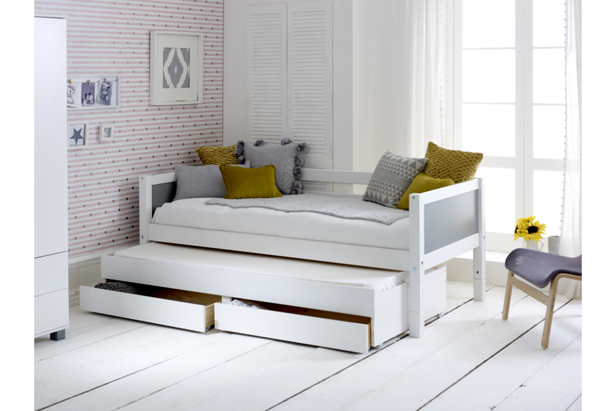 daybed open