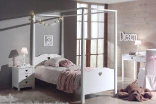 Juliette Four Poster Bed