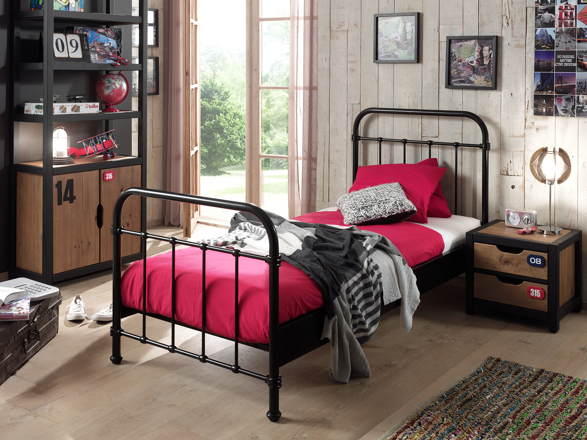 City Metal Single Bed in Black