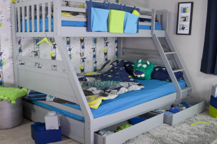 Ollie Triple Bunk Bed