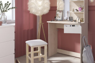 Compact Beauty Bar in Oak & White