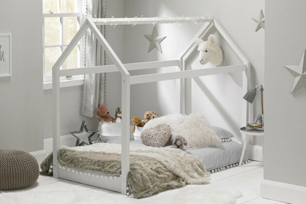 Maison White House Bed