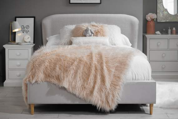 Ariana double bed