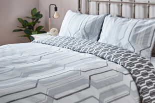 Geometric bedding single