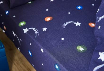 space fitted sheet