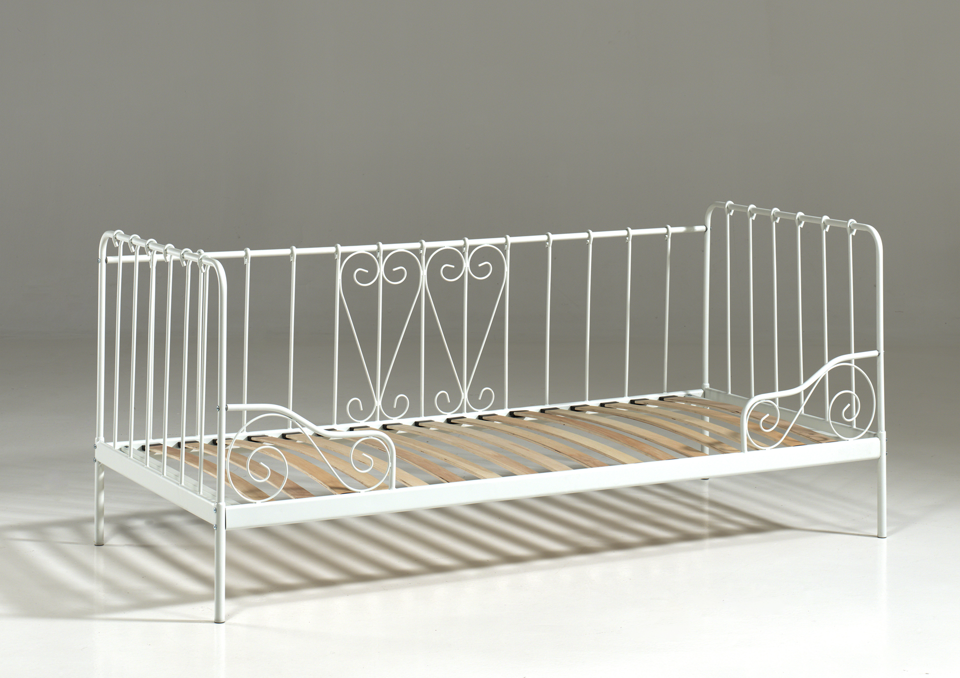 Paris metal daybed white cut out