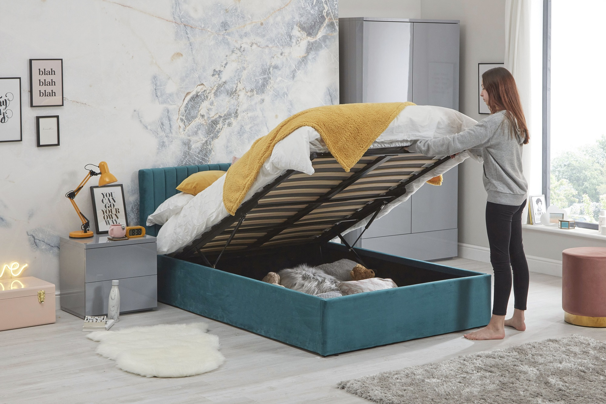 Luca bed teal -open -lifestyle