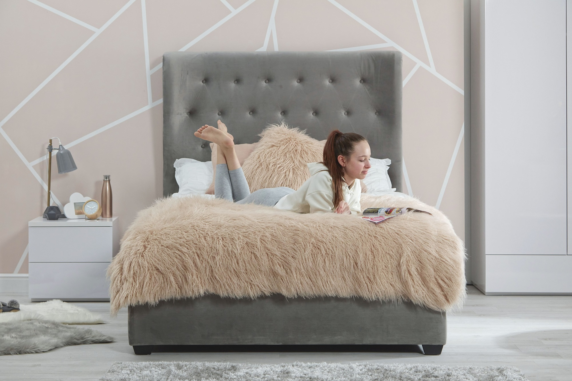 Sienna velvet double bed - straight lifestyle