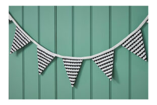 K105 Cloth Bunting Black and White 002