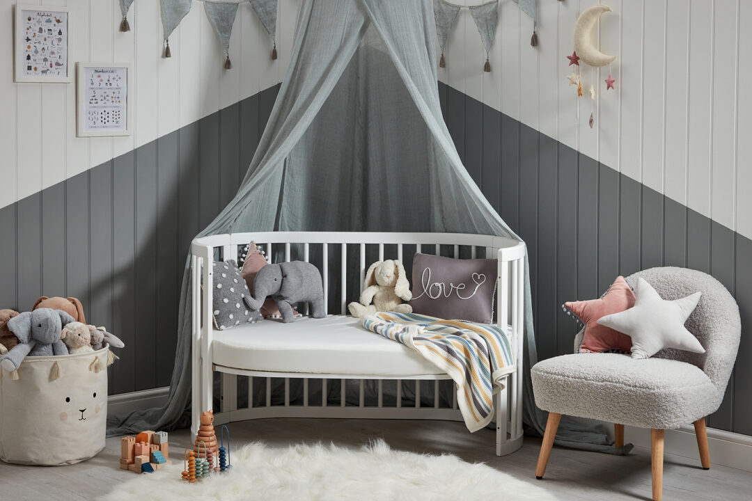 Boori cot product front open